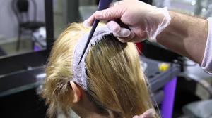 Обесцвечивание седых волос