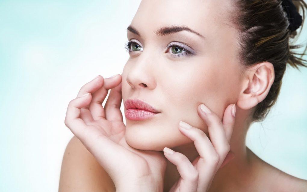 Косметологические процедуры против морщин и двойного подбородка